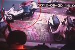 Clip: Tên trộm ngoan cố bẻ khóa trộm xe Air Blade dù đã bị lộ