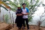 Gặp lại thủ khoa người H'Mông bán táo mèo kiếm tiền đi thi