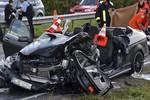 Tai nạn xe hơi nghiêm trọng, sao Bundesliga hôn mê, nguy kịch