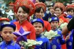 Nam thanh, nữ tú Hà Thành tổ chức đám cưới tập thể tại trường học