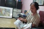 Gặp người phụ nữ 30 năm vẽ tranh Bác Hồ từ những con tem
