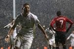 Tottenham 1 – 1 Man Utd: Dempsey bắt Quỷ Đỏ chia điểm ở phút cuối