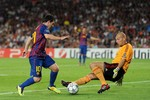 Xem trực tiếp AC Milan - Barcelona (VTV3)