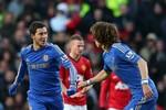 Manchester United 2 - 2 Chelsea: Quỷ Đỏ hòa hết hồn hết vía