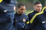 """Arsenal chuẩn bị trước """"Giờ G"""": Đầy rẫy những nỗi lo"""