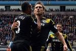 Aston Villa 1 - 2 Chelsea: Chelsea giật vé dự Champions League