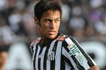 Cha của Neymar gieo sầu cho Barca