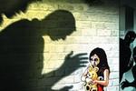 Đi học về qua đường vắng, nữ sinh bị xâm hại tình dục