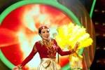 Phương Thanh bị chê khi giả làm ca sĩ Ấn Độ