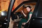 Fan cuồng muốn lấy Cao Thái Sơn lái xe tiền tỷ, tặng nhẫn 100 triệu