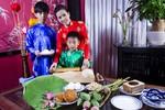Hoa hậu Thu Hoài lần đầu khoe quí tử