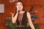 Ca sĩ Ngọc Anh diện váy gợi cảm quá đà trong đêm nhạc từ thiện