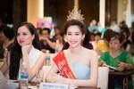 Thí sinh Hoa hậu Việt Nam không phải tiếp khách đêm muộn
