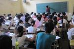 Vì sao học sinh không thích học 2 buổi/ngày?