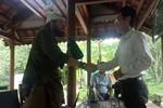 Trả lại tài sản cho du khách Mỹ đánh rơi tại Quảng Bình