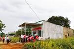 Tặng nhà mới cho hộ nghèo tại Đắk Lắk