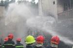 Cháy lớn tại công ty sản xuất pallet nhựa ở TP Hồ Chí Minh