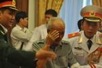 Người dân TP.HCM thắt khăn tang trước anh linh Đại tướng
