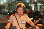 """Du khách Nhật Bản """"thán phục"""" CSGT Việt Nam bắt cướp"""
