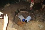 Đường ống nước trước khách sạn Daewoo bị vỡ gây thiệt hại như thế nào?