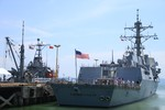 Chùm ảnh: Khu trục hạm tên lửa USS Chung - hoon ở Đà Nẵng