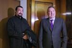 Moscow muốn ngôi sao Steven Seagal quảng bá vũ khí Nga