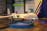 Iran công bố UAV Fotros mang tên lửa tấn công, tầm bay 2000 km