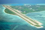 Đưa tàu sân bay xuống gần Hoàng Sa, Trung Quốc đang mưu đồ gì?