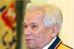 Nhà thiết kế súng huyền thoại Mikhail Kalashnikov qua đời