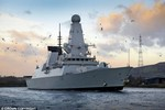 Tàu chiến Nga đã tiến gần lãnh hải, thách thức Hải quân Anh