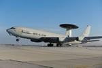 NATO đưa máy bay do thám hoạt động giám sát Ukraine