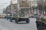 Nga: Hàng chục xe bọc thép bất ngờ diễu hành giữa thành phố Tula