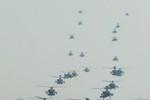 24 trực thăng Apache của Mỹ cùng hạ cánh tại Hàn Quốc