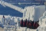 Tàu chiến Hàn Quốc đến Nga trong trạng thái bị đóng băng