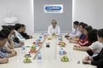 Giáo sư Trần Hồng Quân thăm và làm việc tại Báo điện tử Giáo dục Việt Nam
