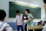 Giáo viên tát liên tiếp vào mặt học sinh bị đình chỉ dạy 2 tuần