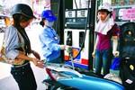 Giá xăng giảm giảm 387 đồng/lít