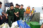 Bằng Tổ quốc ghi công cho 10 liệt sĩ hy sinh trong 2 vụ tai nạn máy bay