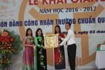 I-Sắc-Niu-Tơn đón danh hiệu trường chuẩn quốc gia mức độ 2