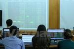 Phạt nặng hành vi làm giả tài liệu trong hồ sơ chào bán cổ phiếu riêng lẻ