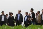 Chủ tịch Ủy ban Trung ương Mặt trận Tổ quốc Việt Nam thăm trang trại TH