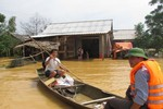 Hỗ trợ khắc phục thiệt hại bão số 4, 7 và mưa lũ miền Trung