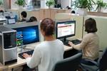 """Vì sao máy tính CMS cài sẵn Windows và Microsoft Office bản quyền """"ghi điểm""""?"""
