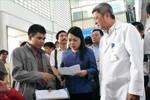 Bộ trưởng Nguyễn Thị Kim Tiến kiểm tra khám chữa bệnh tại Thành phố Hồ Chí Minh