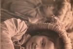 """Những khoảnh khắc ấn tượng về """"Trẻ em thời chiến"""""""