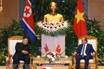 Thủ tướng Nguyễn Xuân Phúc hội kiến Chủ tịch Kim Jong-un