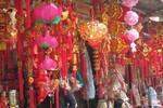 Chùm ảnh: Rực rỡ sắc Xuân trên phố Hàng Mã