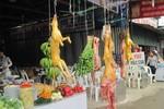 Biến chó, mèo thành thịt thú rừng bằng đèn khò ở chùa Hương