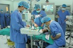 Lần đầu tiên tại VN, bé 4 tháng mắc Hội chứng Apert được phẫu thuật
