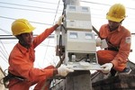 Kiên quyết xử lý nếu EVN xây biệt thự tính vào giá điện